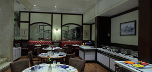 Multicuisine dining at Regency Hotel